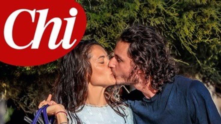 Il primo bacio pubblico di Marica Pellegrini e Charley Vezza dopo l'addio a Eros Ramazzotti
