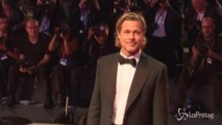 """Brad Pitt e il cast di """"Ad Astra"""" sul red carpet di Venezia"""