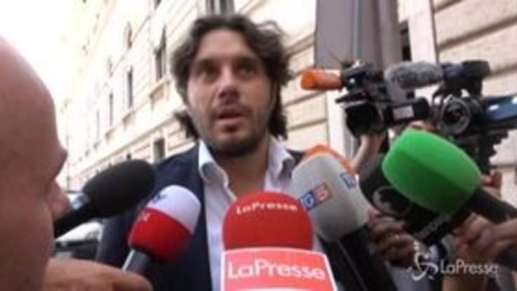 """Governo, Silvestri (M5s): """"Non parliamo di vicepremier e ministri, restiamo sui contenuti"""""""