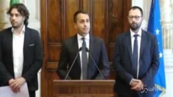 "l'aut - aut di Di Maio: ""Senza nostre proposte si va  al voto"""