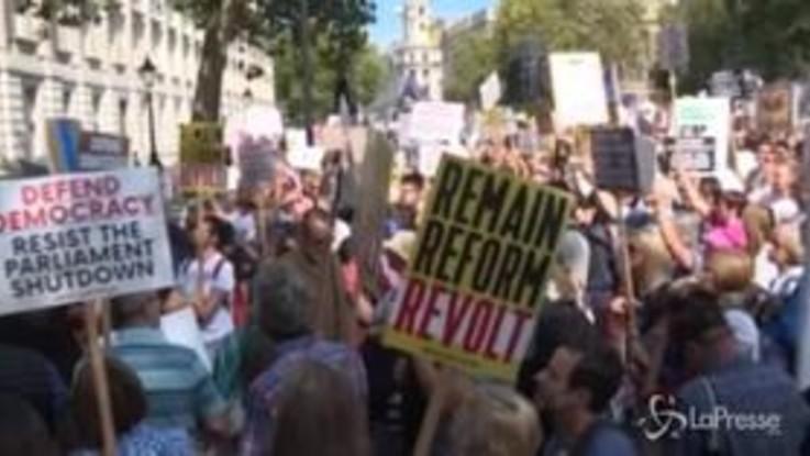 Londra, in migliaia in piazza contro Boris Johnson
