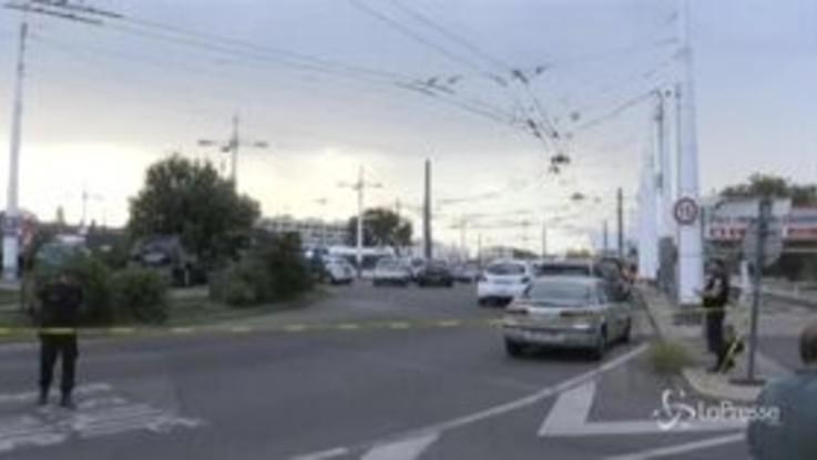 Attacco con coltello vicino a Lione: un morto e 9 feriti
