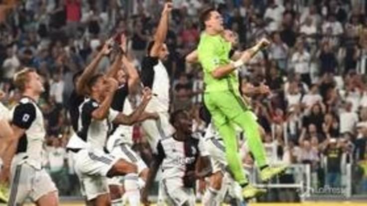 Spettacolo e gol allo Stadium, la Juve batte il Napoli 4-3