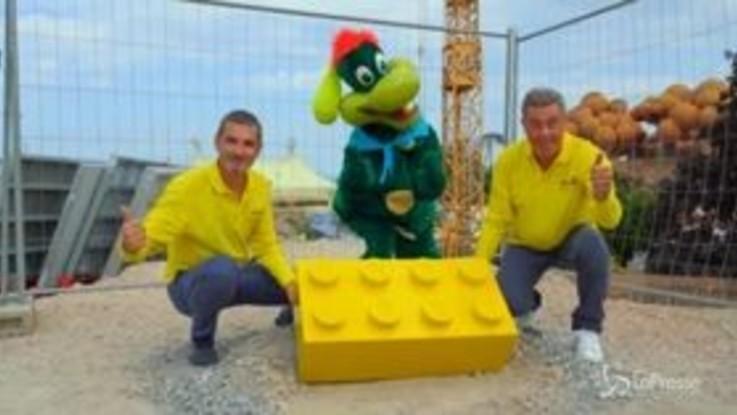 Legoland Waterpark, a Gardaland posato il primo mattoncino