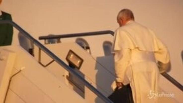 Il Papa partito per l'Africa: prima tappa in Mozambico