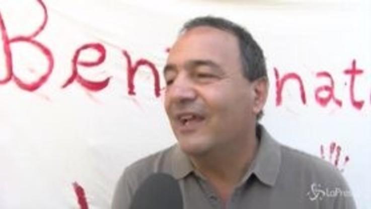 """Lucano rientra a Riace: """"Non cerco nessuna vendetta"""""""