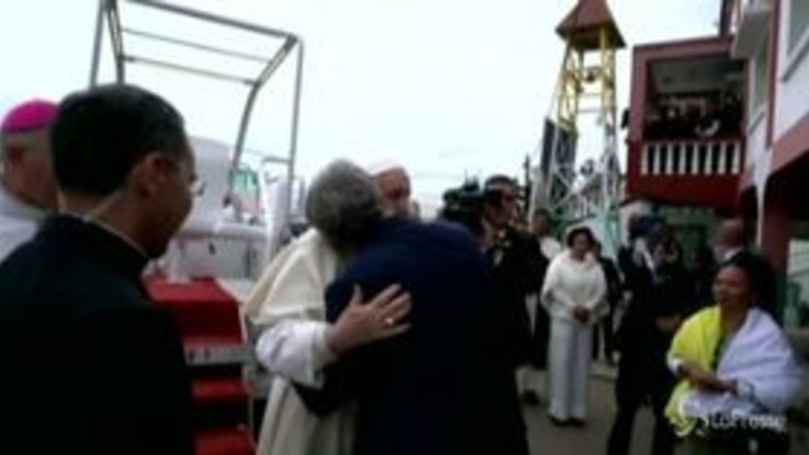 Madagascar, il Papa incontra il fondatore dell'associazione umanitaria Akamasoa