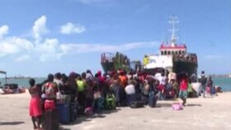 Bahamas, in centinaia evacuati dopo l'uragano Dorian