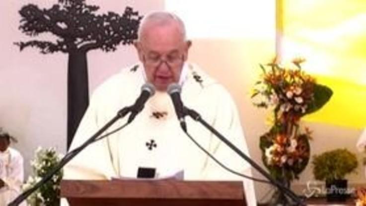 Madagascar, un milione di fedeli alla messa di Papa Francesco