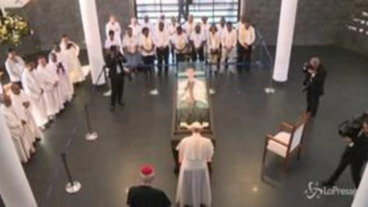 Mauritius, il Papa visita il mausoleo di Padre Laval