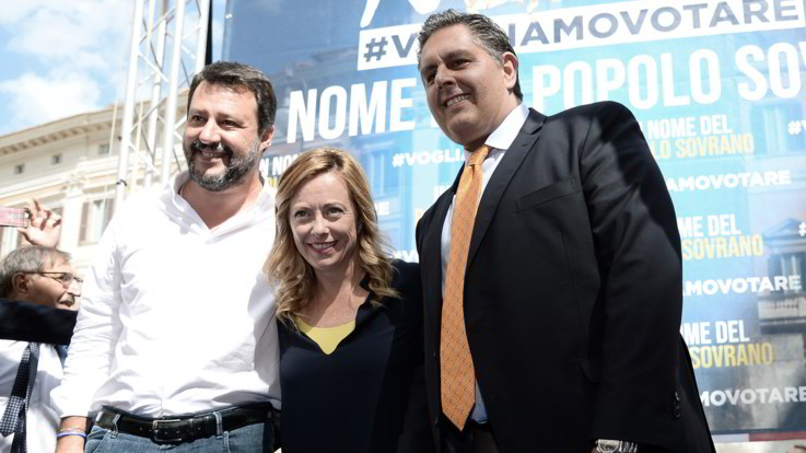 Contro il Conte Bis Meloni e Salvini si prendono la piazza tra i saluti romani