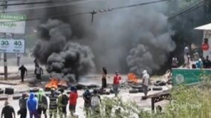 Scontri tra polizia e manifestanti in Honduras