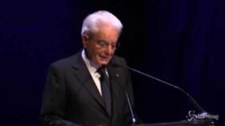 """Mattarella: """"Libri propulsori crescita e presidio libertà Paese"""""""
