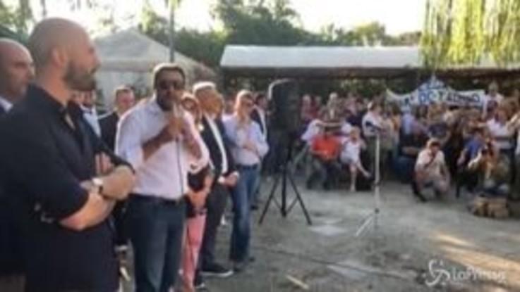 """Migranti, Salvini: """"Zingaretti riapre i porti? Vorranno tornare a fare quattrini con le Ong"""""""