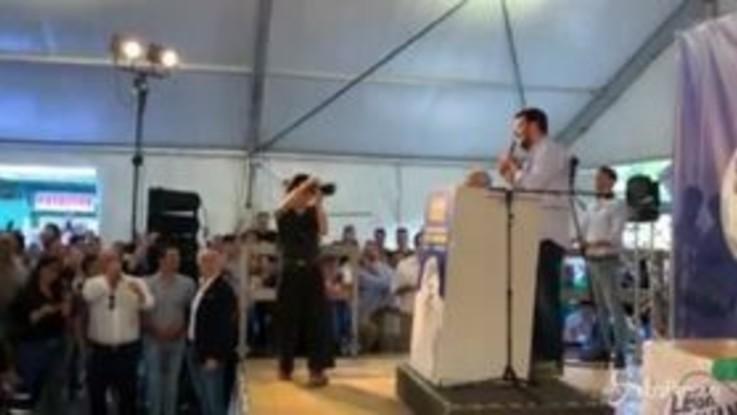 """Salvini: """"Renzi e Boschi nemmeno comunisti, quelli erano seri. Loro sono traditori e poltronari"""""""