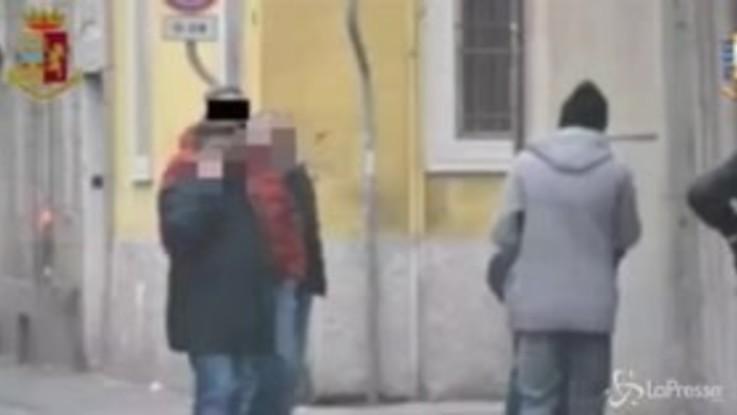 """Mafia, blitz contro """"stidda"""" dei colletti bianchi a Brescia: 69 arresti"""