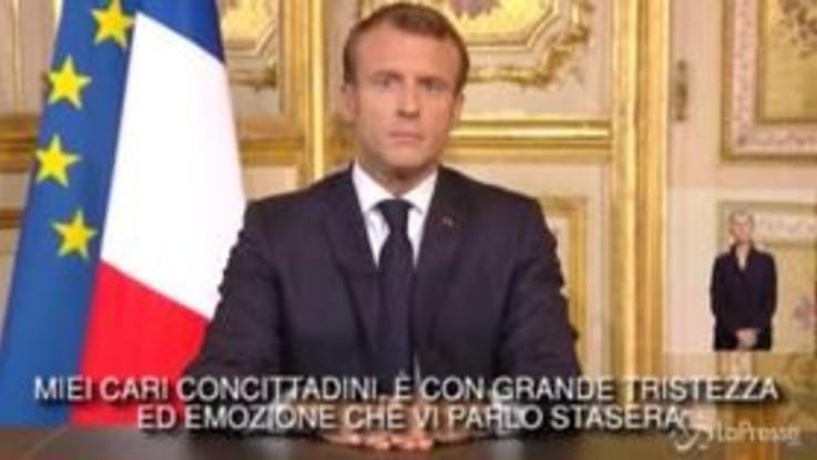 """Chirac, Macron: """"Lo amavamo tanto quanto lui amava noi"""""""