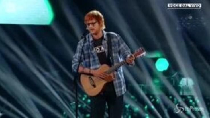 Tale e Quale Show, interpreta Ed Sheeran e conquista giudici e pubblico