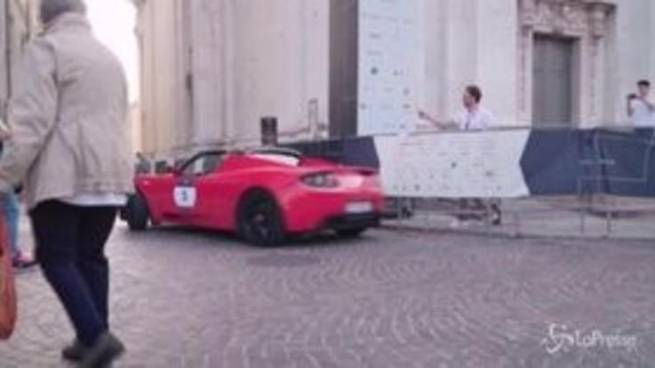 1000 miglia green: da Brescia a Milano nella prima gara di regolarità riservata a vetture elettriche