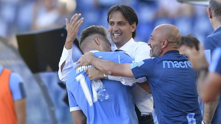 Serie A, Roma e Lazio vanno. Bologna ko