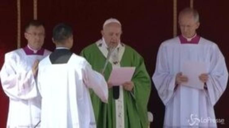"""Giornata mondiale del migrante, Papa: """"Nessuno rimanga escluso dalla società"""""""