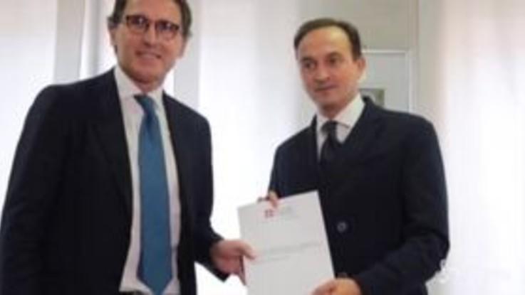 Regione Piemonte, Cirio incontra il ministro Boccia e consegna il dossier sull'autonomia