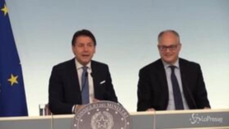 """Conte: """"Renzi non ha la Golden Share del governo"""""""