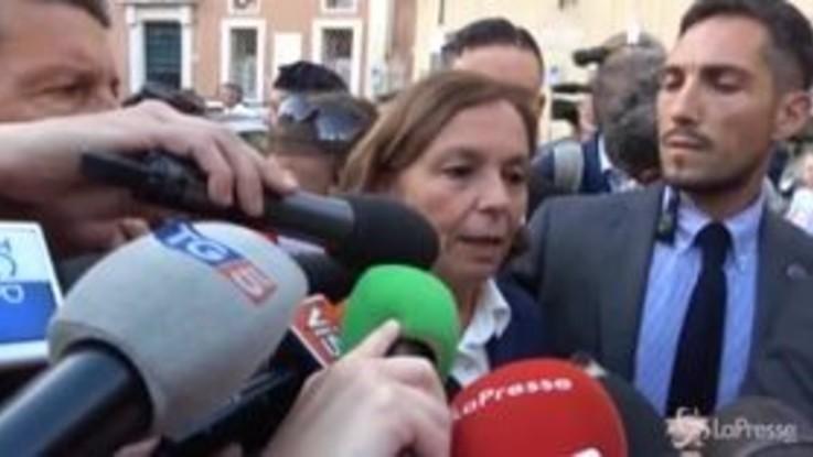 """Migranti, Lamorgese: """"Aumento sbarchi dovuto a situazione politica in Tunisia"""""""