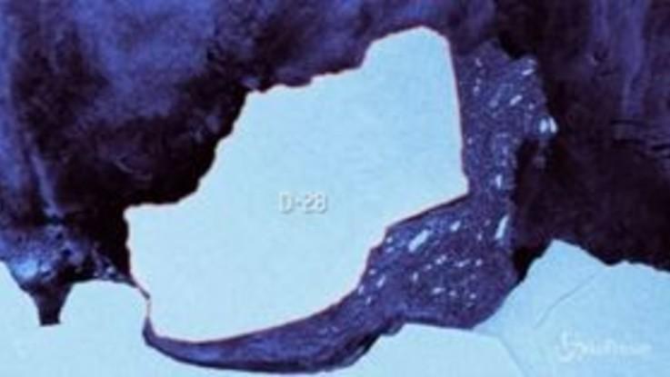 Dall'Antartide si stacca un iceberg gigante