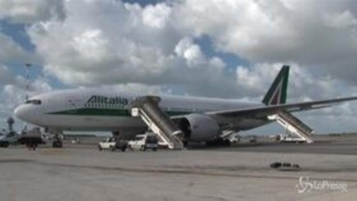 Alitalia, tensione tra governo e Atlantia