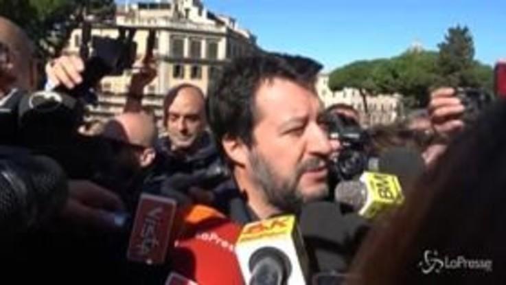 """Salvini contro Raggi: """"E' incosciente e incapace, il peggior sindaco di Roma dal Dopoguerra"""""""