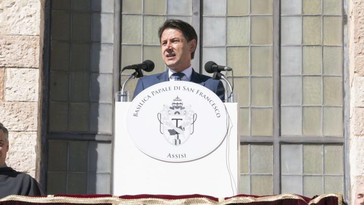 """Cuneo fiscale, Conte replica a Renzi: """"Non ci servono fenomeni in tv ma impegno di tutti"""""""