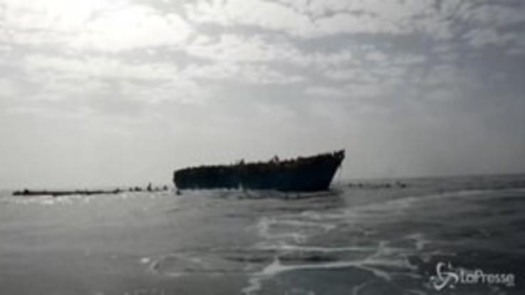 Naufragio a Lampedusa, si teme una strage