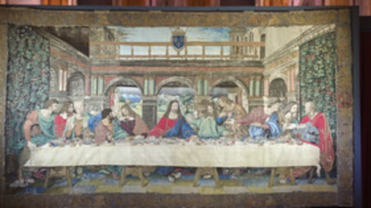 Milano, Leonardo 500: in mostra l'arazzo restaurato che riproduce il Cenacolo