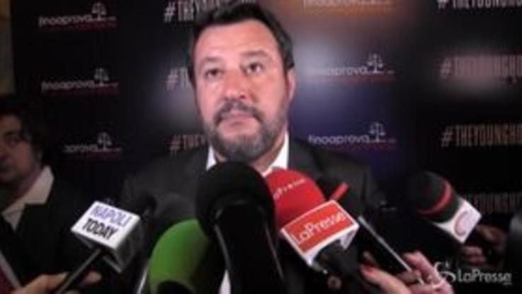 """M5s, Salvini: """"Di Maio ha svenduto una bella idea per salvare la poltrona"""""""