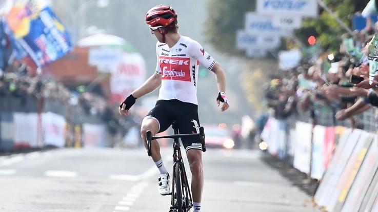 Mollema trionfa al Giro di Lombardia. Nibali cede nel finale