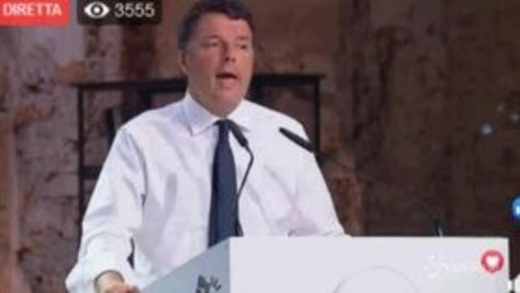 """Leopolda, Renzi: """"Coi 5 Stelle per salvare l'Italia da Salvini"""""""