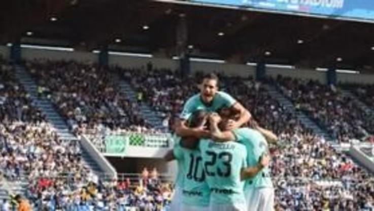 Serie A, Inter batte Sassuolo e resta in scia a Juve