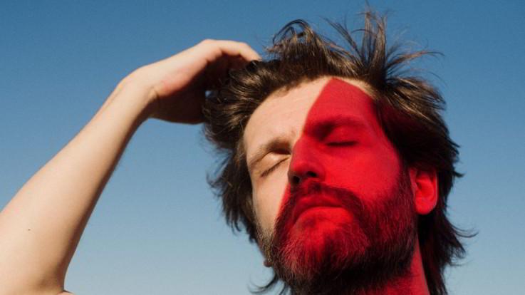 Musica, torna Dente con il singolo 'Adieu'