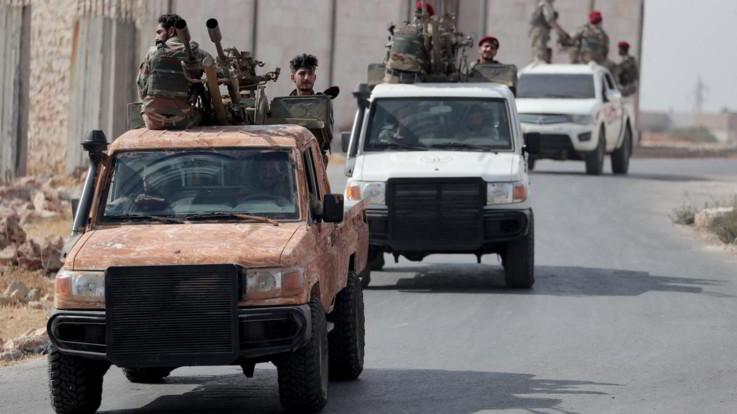 Siria, concluso il ritiro curdo. Russia e Turchia pattuglieranno nordest