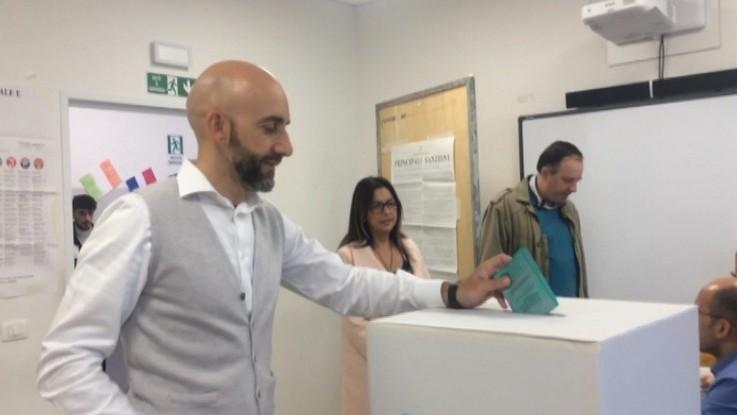 Urne aperte in Umbria, tra il sogno spallata di Salvini e il primo test Pd-M5S