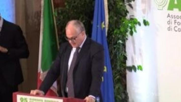 """Manovra, Gualtieri: """"Sui pagamenti digitali dialogo proficuo con gli operatori"""""""