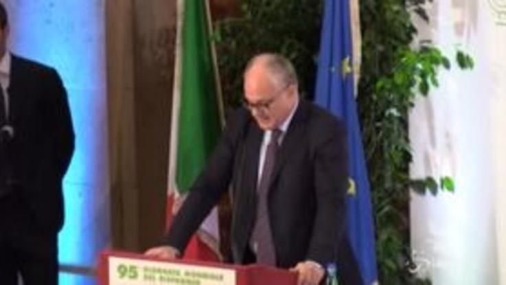 """BCE, Gualtieri ringrazia Draghi: """"Ha salvaguardato l'integrità della moneta unica"""""""