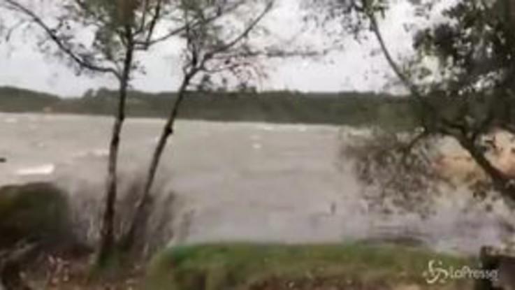 La tempesta Amélie sferza il Sud ovest della Francia, 140 mila famiglie senza corrente