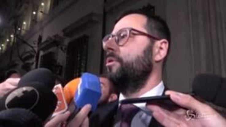 """Ex Ilva, Patuanelli: """"Non consentiremo la chiusura. Scudo legale? Una foglia di fico"""""""
