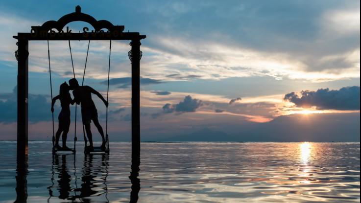 L'oroscopo di sabato 9 novembre, Capricorno: l'amore è appeso a un filo, serve coraggio
