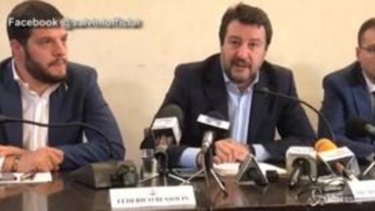 """ArcelorMittal, Salvini: """"Non abbiamo azioni, querelo chi lo sostiene"""""""