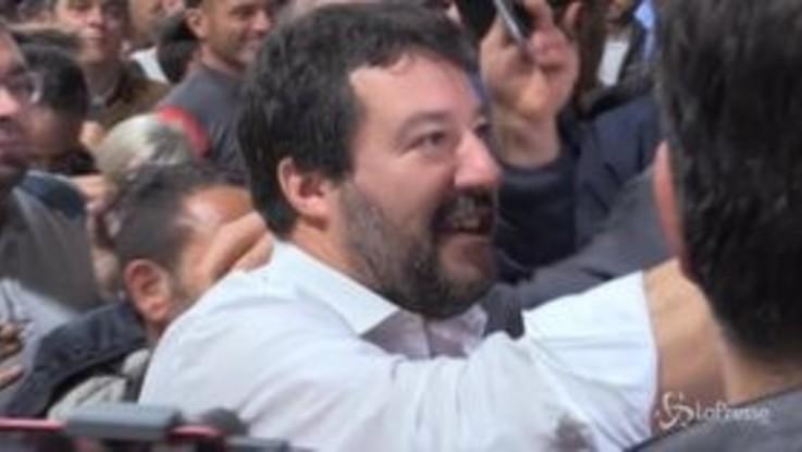 """Cori a Balotelli, Salvini: """"Condanno ogni gesto di violenza e razzismo, ma l'Italia ha altri problemi"""""""