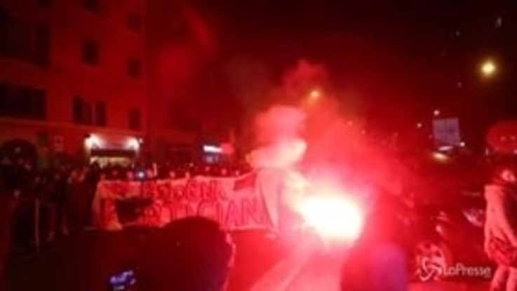 Bologna, arriva Salvini: cortei contro e tensioni
