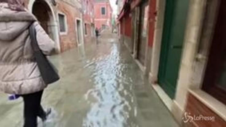 Acqua alta a Venezia, l'arrivo della nuova ondata
